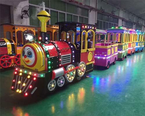 Купить аттракцион паровозик для парка развлечения