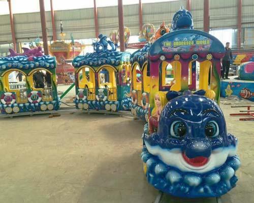 Купить детский паровозик аттракцион для парка