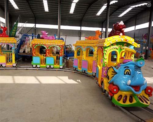 Купить детский аттракцион паровозик